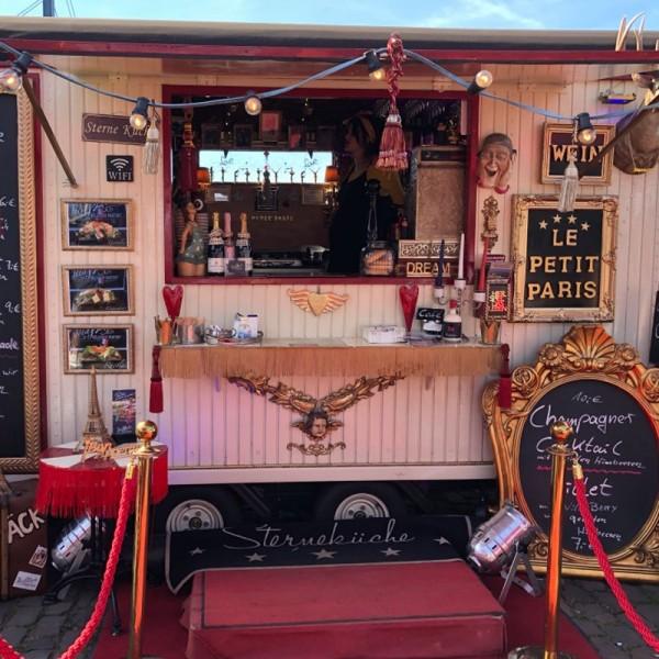 hochzeitstrends-2020-food-truck-bar