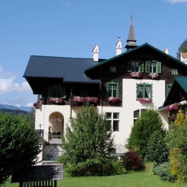 Hochzeitslocation Falkenburg Jagdschloss